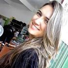 Clícia Brito Carvalho (Estudante de Odontologia)