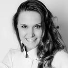 Dra. Yasmine de Almeida (Cirurgiã-Dentista)