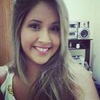 Camila Irias (Estudante de Odontologia)