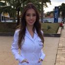 Dra. Larissa Castanheira Feitosa (Cirurgiã-Dentista)