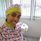 Dra. Fran Abreu Marinho (Cirurgiã-Dentista)