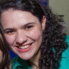 Deborah Fernandes (Estudante de Odontologia)
