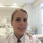 Dra. Janaina Wyzykowski (Cirurgiã-Dentista)