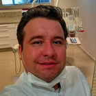 Dr. Gustavo Pessini (Cirurgião-Dentista)