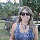 Dra. Karina Araujo Mendes (Cirurgiã-Dentista)