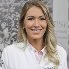 Dra. Martha Michielin (Cirurgiã-Dentista)