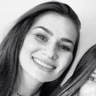 Eliza Maximiano Cury (Estudante de Odontologia)