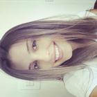 Carol Muneron (Estudante de Odontologia)