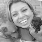 Raquel Menezes (Estudante de Odontologia)