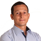 Dr. Rafael Vidal (Cirurgião-Dentista)