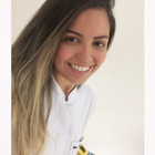 Dra. Anna Paula Alexandre de Lima (Cirurgiã-Dentista)