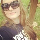 Camila Klohs (Estudante de Odontologia)