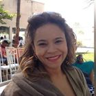 Dra. Danielle Alves de Oliveira (Cirurgiã-Dentista)