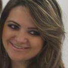 Dra. Karine Cerdeira Dias (Cirurgiã-Dentista)