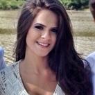 Dra. Camila Rafaela Ferreira (Cirurgiã-Dentista)
