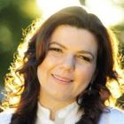 Dra. Caroline Solda (Cirurgiã-Dentista)