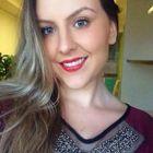 Beatriz Scolari (Estudante de Odontologia)