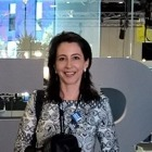 Dra. Leticia Algarves Miranda (Cirurgiã-Dentista)