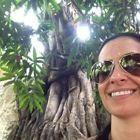 Dra. Raquel Priscila Emerick (Cirurgiã-Dentista)