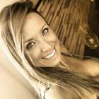 Dra. Danielle Bueno (Cirurgiã-Dentista)