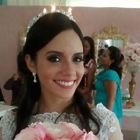 Dra. Yasmin Gouvêa (Cirurgiã-Dentista)