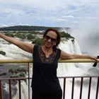Dra. Celia Bandeira Silva (Cirurgiã-Dentista)