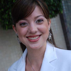 Dra. Luana Costa Ferreira (Cirurgiã-Dentista)
