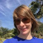 Dra. Renata Biazon (Cirurgiã-Dentista)