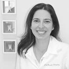 Dra. Jennifer Gonzalez (Cirurgiã-Dentista)