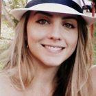 Dra. Juliana Teixeira Bernardes (Cirurgiã-Dentista)