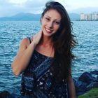 Priscila Saquet (Estudante de Odontologia)