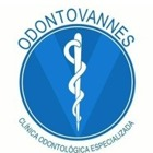 Dra. Vania Pereira de Santana (Cirurgiã-Dentista)
