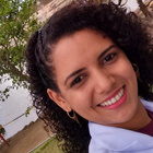 Dra. Christeine Dayse Vitor de Sousa (Cirurgiã-Dentista)