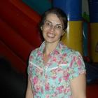 Dra. Kelly Busutti (Cirurgiã-Dentista)