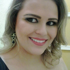 Dra. Renata Fernandes de Almeida (Cirurgiã-Dentista)