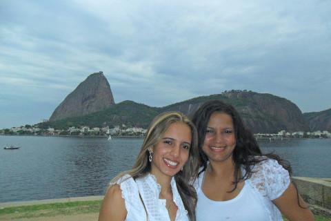 Lívia Machado e Priscila Guimarães