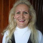 Dra. Ligia de Sousa Andrade (Cirurgiã-Dentista)