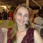 Dra. Fernanda Stur (Cirurgiã-Dentista)