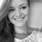 Dra. Melissa Coradini Quatrin (Cirurgiã-Dentista)