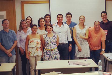 Hoje realizamos o 22° Curso de Marketing e Captação de Pacientes em Odontologia apenas no Brasil. Após cada edição o conteúdo do curso vem aumentando e nossa apostila vem se tornando um manual para o crescimento do consultório.