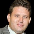 Dr. Adriano Albuquerque Rodrigues (Cirurgião-Dentista)