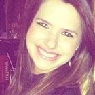 Lara Martins de Mello Pires (Estudante de Odontologia)