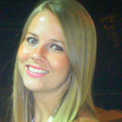 Dra. Nathália Ribeiro Schuster (Cirurgiã-Dentista)