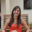Camila Fracalossi (Estudante de Odontologia)