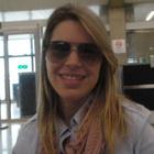 Dra. Fernanda Queiroz (Cirurgiã-Dentista)