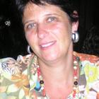 Dra. Claudia Skarankof de Giorgi (Cirurgiã-Dentista)