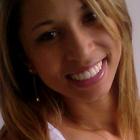 Dra. Carine Costa Santos (Cirurgiã-Dentista)