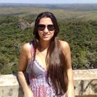 Dra. Aline Aluana Alves (Cirurgiã-Dentista)