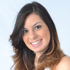 Dra. Juliana de Cassia Garcia (Cirurgiã-Dentista)