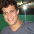 Dr. Renan Maestrello Maluf (Cirurgiã-Dentista)